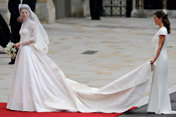 Catherines Wedding Dress Sarah Burton Of Alexander McQueen