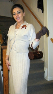 1930s knit suit is always chic.