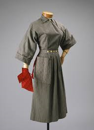 Claire McCardell's Pop-over dress even came with an oven mitt.
