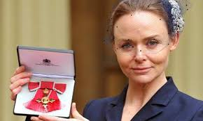 Stella McCartney was presented with an OBE by Queen Elizabeth in 2013.