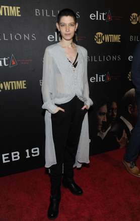Asia-Kate-Dillon -Billions-Premiere-Season-2--01