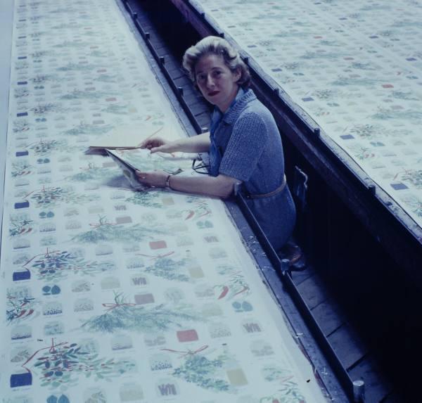 Vera-Neumann-at-Printex-c.1950s (1)